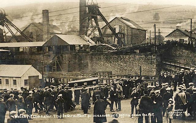 Файл:Senghenydd Explosion-16.jpeg