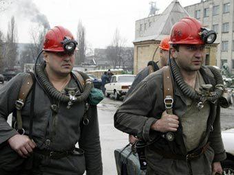 Файл:Горноспасатели на Засядько.jpg