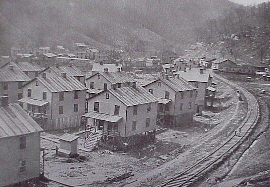 Файл:Company Housing - Elkhorn Mining Corp 1914.jpg