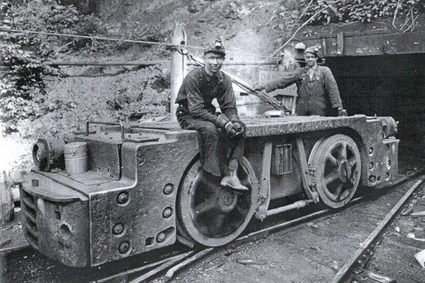 Файл:Lynch-miners.jpg