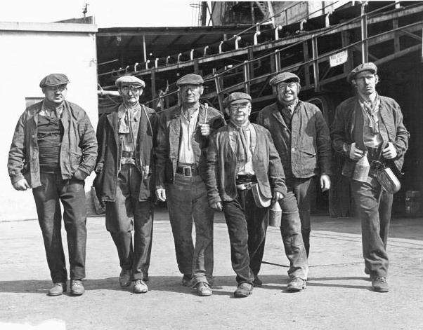 Файл:Miners Wales.jpg