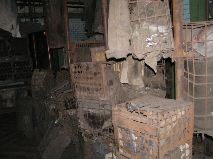 Файл:Рабочая баня шахты Баракова сентябрь 2007-10.JPG