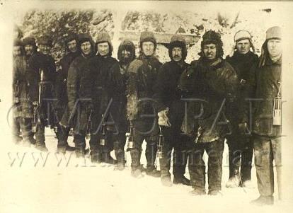 Файл:Горняки Караганда 1930.jpg