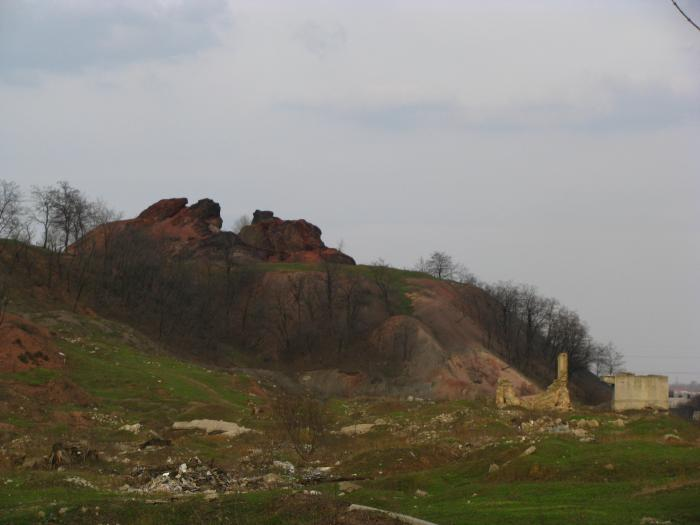 Файл:Террикон шахты 19.jpg