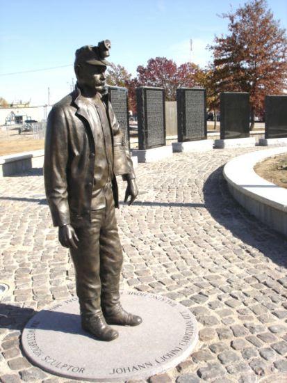 Файл:Pittsburg, Kansas.JPG
