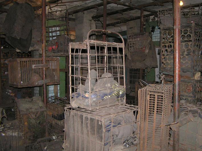Файл:Рабочая баня шахты Баракова сентябрь 2007-7.JPG