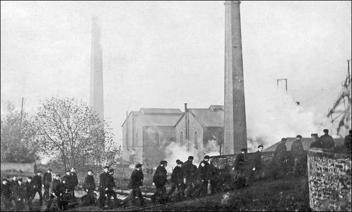 Файл:Albion Colliery.jpg