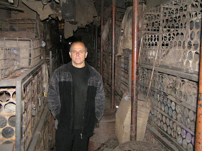 Файл:Рабочая баня шахты Баракова сентябрь 2007-12.JPG