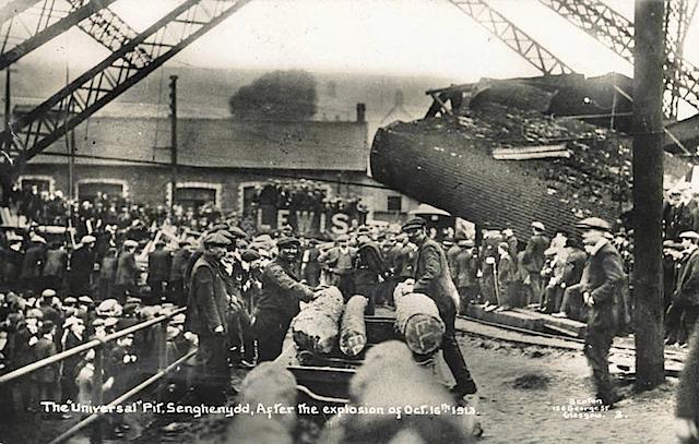 Файл:Senghenydd Explosion-3.jpeg
