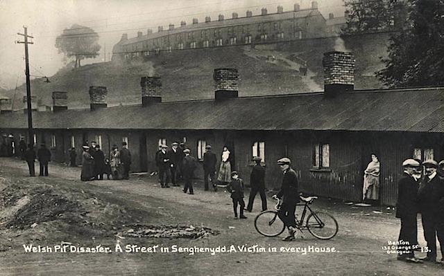 Файл:Senghenydd Explosion-12.jpeg