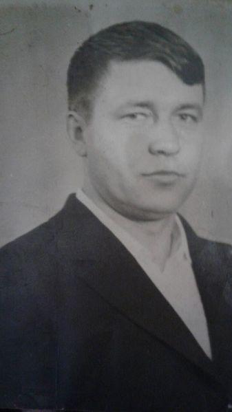 Файл:Сериков В.П.jpg