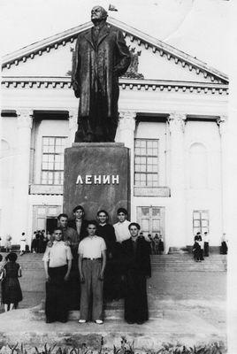 1961 год Коржавин Иван, бригадир ГРОЗ