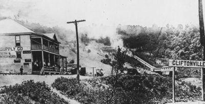 Горящее здание шахты, Клифтонвилль 1922