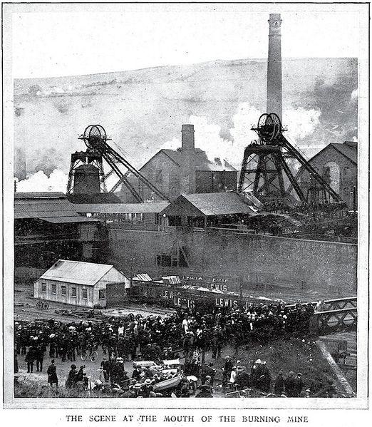 Файл:Senghenydd Explosion-25.jpeg