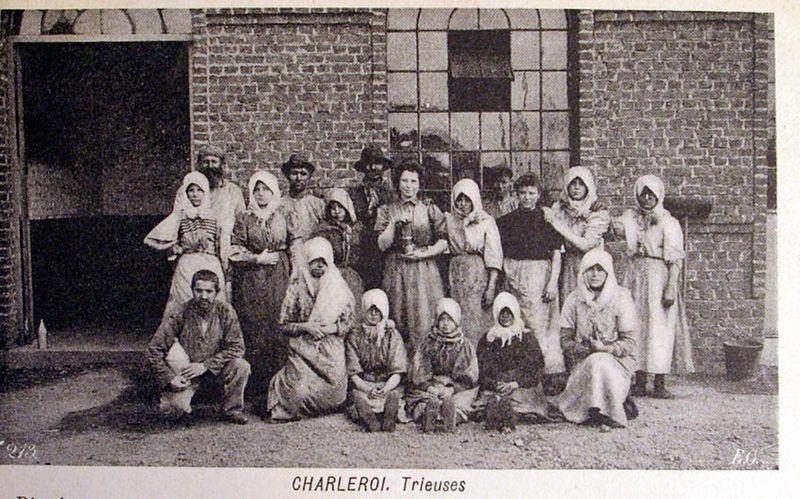 Файл:Women & Mines-5.jpg
