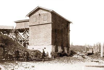 Семеновская копь, погрузочный бункер 1906 г.