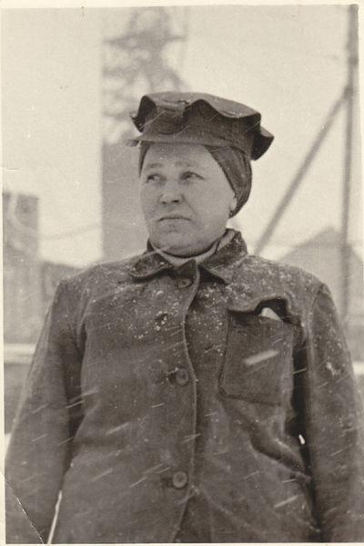 Файл:Women miners-64.jpg