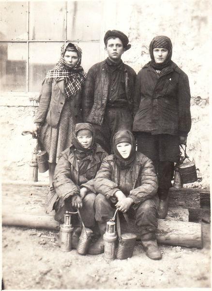 Файл:Women miners-63.jpg