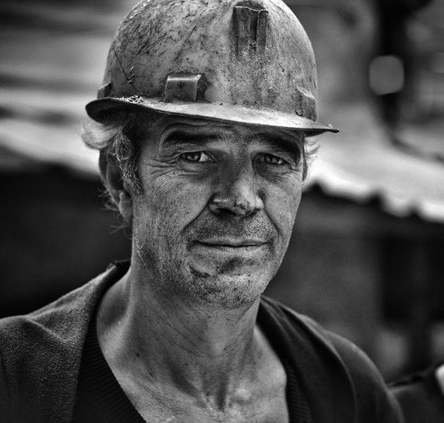 Файл:Болгарский шахтер.jpg