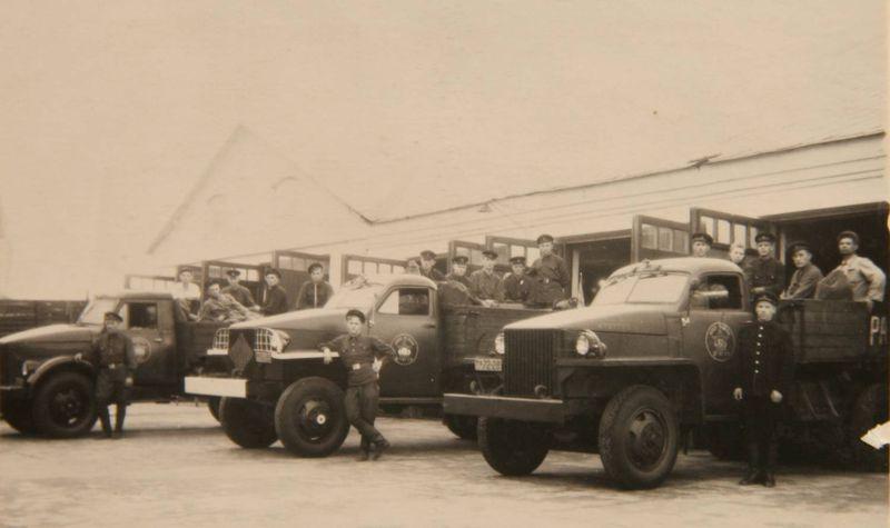 Файл:Шахтинский взвод, 1948 г.jpg