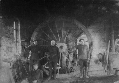 Шкив для шахты «Центральная», изготовленный на Гришинском рудоремонтном заводе, 1925 год