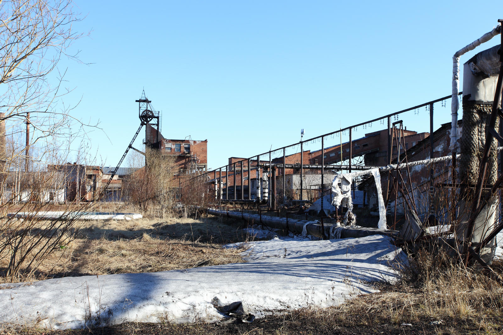 открываем шахта восточная город инта фото знакомство живописью ограничивалось
