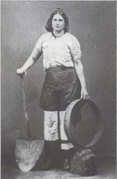 Women in mine4.jpg